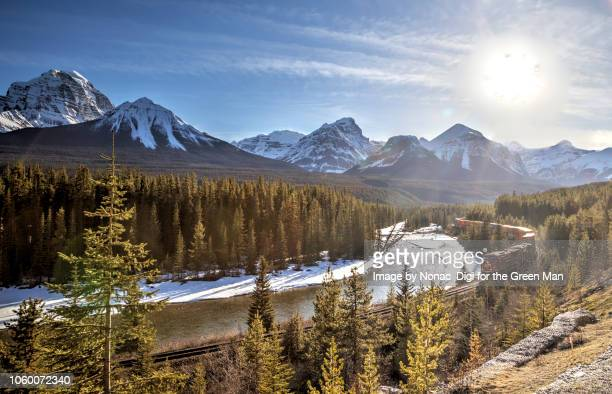 morants curve - canadian rockies stockfoto's en -beelden