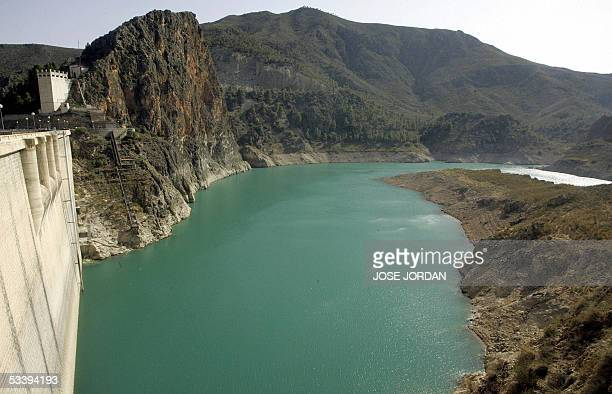 A picture taken 14 August 2005 shows a Cenajo reservoir in a low capacity in the area of Moratalla Murcia Spain is currently facing a severe drought...