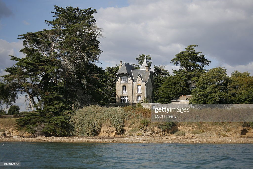 Morbihan: Boedic Island Is For Sale Pictures   Getty Images