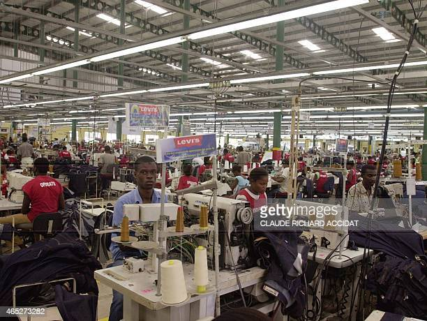 More 2500 Haitian employees working at ODEVI's factory mading Levi's jeans and Hanes brand clothing in 16 august 2007 at Ouanaminthe PHOTO / Claude...