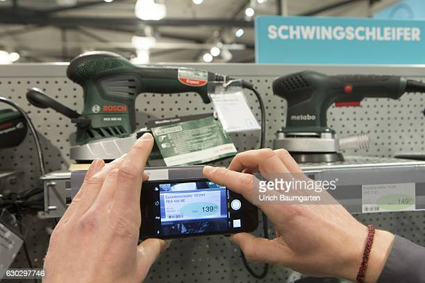 More and more buyers use in shops the mobile phone to make price comparisons on price comparison app's The dealers then have the demage and look for...