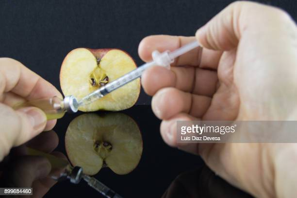 More and more people are using their mobile phones to find genetic experiments with apples