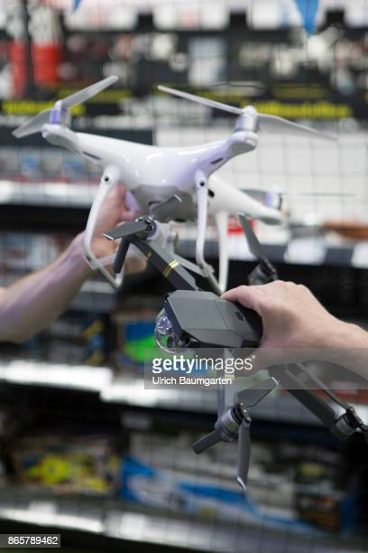More and more popular assessment and purchase of drones in a specialist shop in Bonn