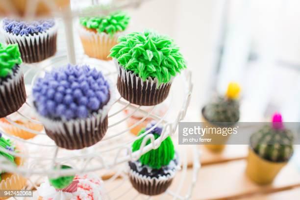 More DIY Cactus Cupcakes.