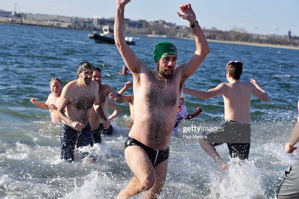 Boston Polar Plunge 2014 : News Photo