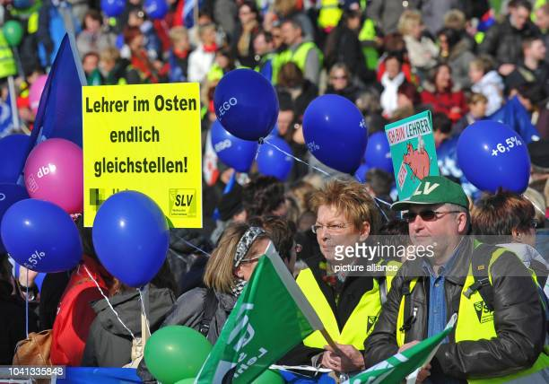 More than 6.000 teachers from Saxony take part in a rally in Dresden, Germany, 6 March 2013. Teachers in eastern parts of Germany are on strike for...