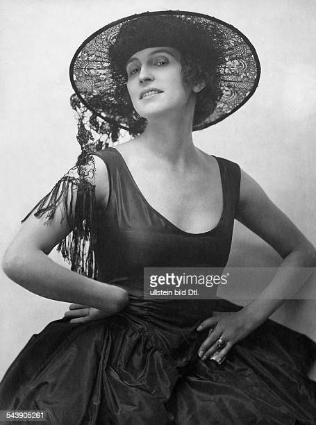 Morena Erna Actress Germany*25041892dressed probably in Spanish manner with a hat made from laces Photographer Atelier Eberth Published by 'Die Dame'...