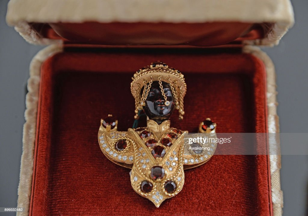 Princess Michael's 'Blackamoor' Brooch Made In Venice