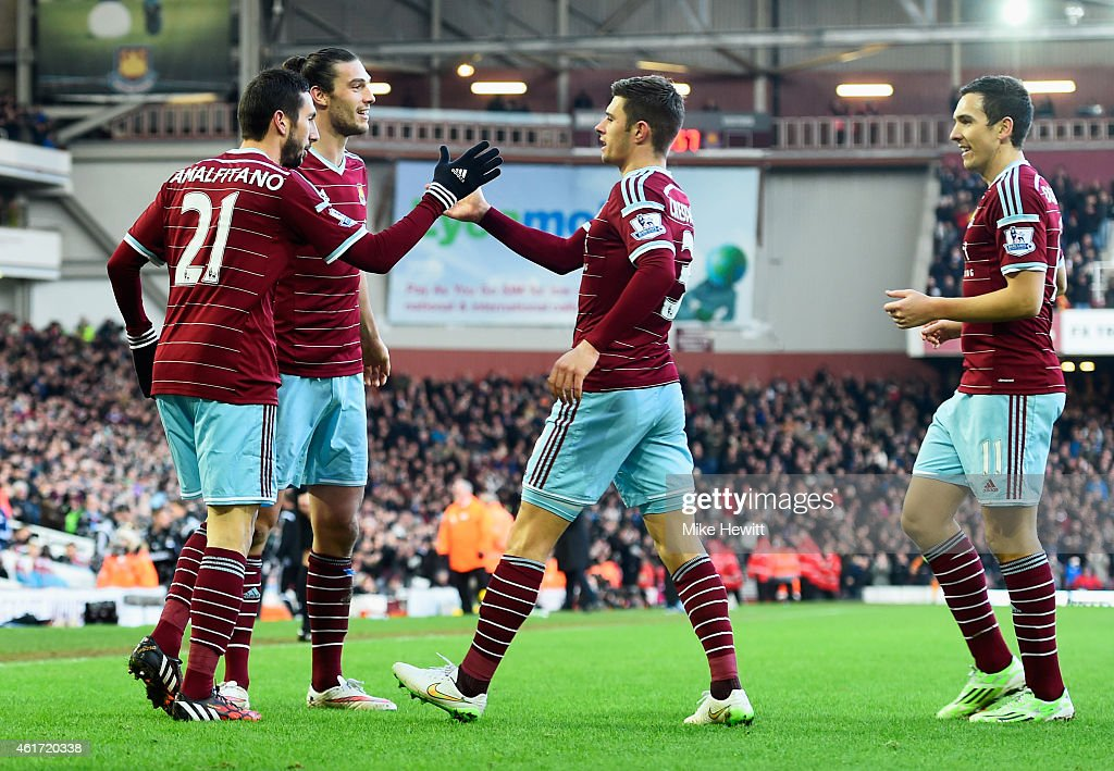 West Ham United v Hull City - Premier League : News Photo