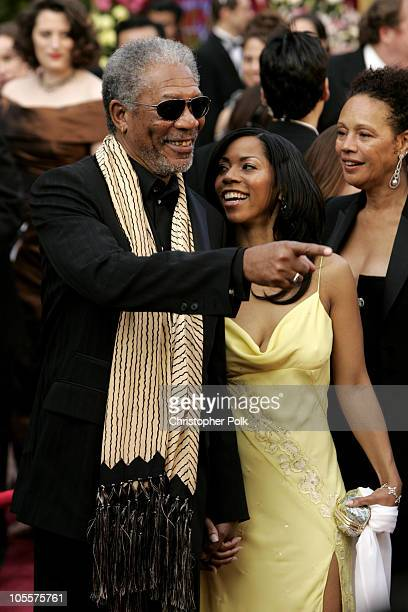"""Morgan Freeman, nominee Best Actor in a Supporting Role for """"Million Dollar Baby"""", daughter Morgana and Myrna Freeman"""