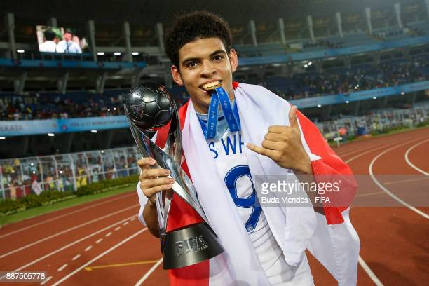 Morgan Gibbs White celebrates with the trophy after winning the FIFA U-17 World Cup India 2017 Final match between England and Spain at Vivekananda...