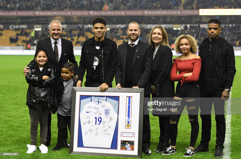 Morgan Gibbs-White of Wolverhampton Wanderers gets presented with a framed World Cup U17 Shirt after winning the World Cup with England during the Sky Bet Championship match between Wolverhampton and Fulham at Molineux on November 3, 2017 in Wolverhampton, England.