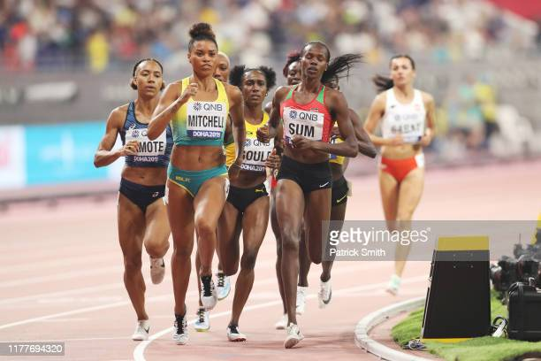 Morgan Mitchell of Australia and Eunice Jepkoech Sum of Kenya compete in the Women's 800 metres Heat 3 semi finals during day two of 17th IAAF World...