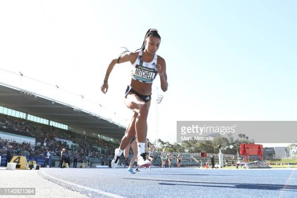 Morgan Mitchell of Victoria competes in the Womens 800m final during the Australian Track and Field Championships at Sydney Olympic Park Athletic...
