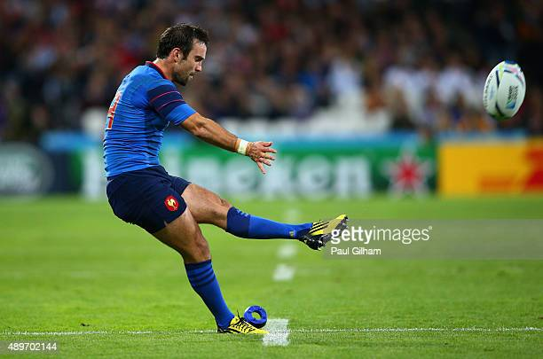 Morgan Parra of France kicks at goal during the 2015 Rugby World Cup Pool D match between France and Romania at the Olympic Stadium on September 23...