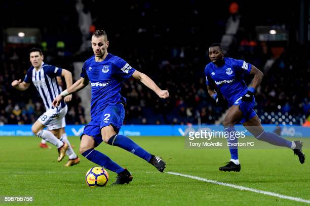 Morgan Schneiderlin crosses the ball during the Premier League match between West Bromwich Albion and Everton at The Hawthorns on December 26 2017 in...