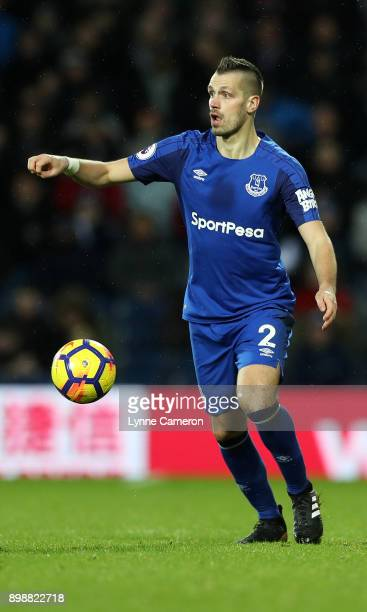 Morgan Schneiderlin of Everton during the Premier League match between West Bromwich Albion and Everton at The Hawthorns on December 26 2017 in West...
