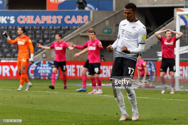 Morgan Whittaker of Swansea City celebrates his goal during the Sky Bet Championship match between Swansea City and Derby County at the Liberty...