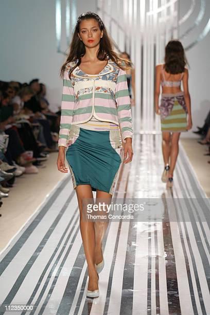 Morgane Dubled wearing Custo Barcelona Spring 2006
