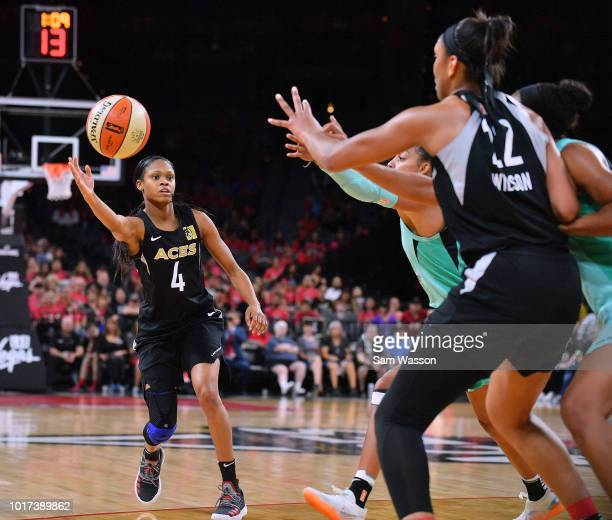 Moriah Jefferson of the Las Vegas Aces passes to A'ja Wilson of the Aces during their game at the Mandalay Bay Events Center on August 15 2018 in Las...