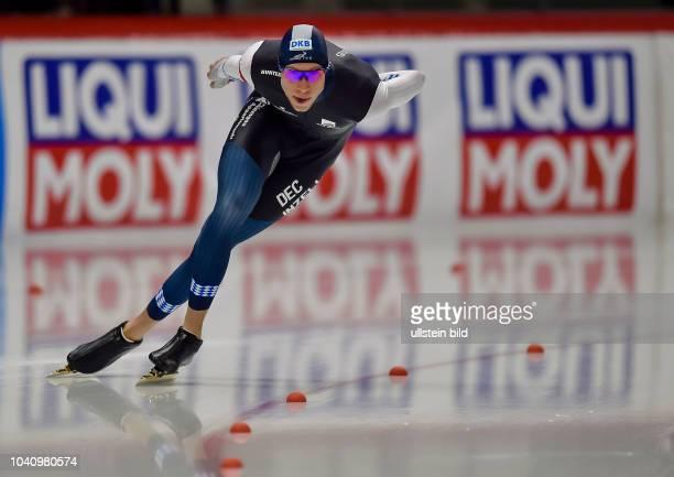 Moritz Geisreiter waehrend der Deutschen Eisschnelllauf Meisterschaft in der Max Aicher Arena am 27. Oktober 2017 in Inzell.