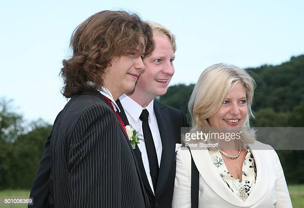 Moritz Riewoldt , Mutter Sabine Postel, Bräutigam Lars Gärtner, -, Hochzeit mit K A T H A R I N A S C H U B E R T und L A R S G Ä R T N E R, Witten,...