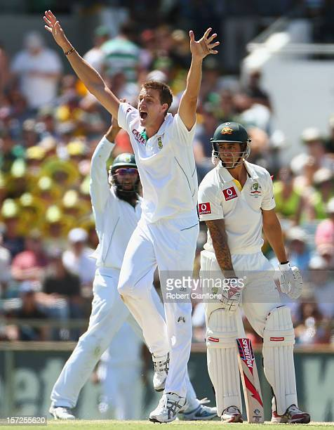 Morne Morkel of South Africa appeals unsuccessfully for the wicket of Mitchell Johnson of Australia during day two of the Third Test Match between...
