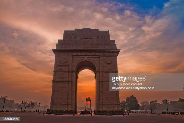 morning at india gate - india gate stock pictures, royalty-free photos & images
