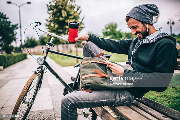 Kaffee am Morgen im park