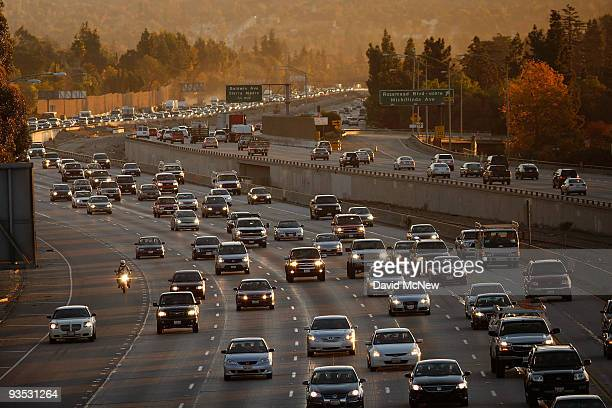 Morning commuters travel the 210 freeway between Los Angeles and cities to the east on December 1 2009 near Pasadena California President Barack...