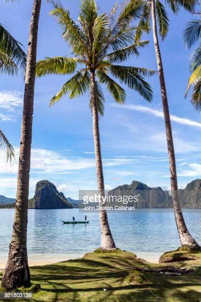morning fishing in el nido - palawan island stock pictures, royalty-free photos & images