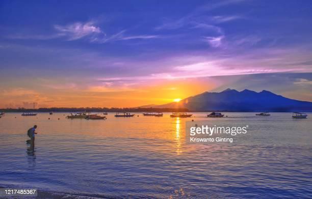 morning from gili t - lombok fotografías e imágenes de stock