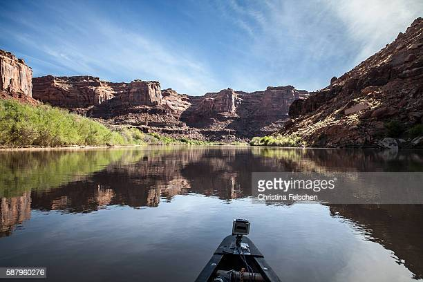 morning in a canoe in utah's labyrinth canyon, usa - christina felschen stock pictures, royalty-free photos & images