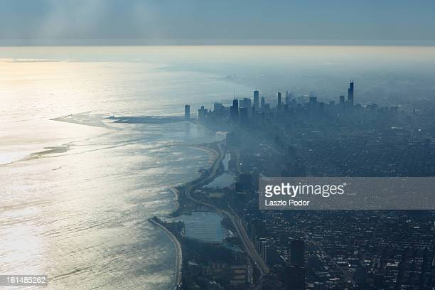 morning in chicago - great lakes stock pictures, royalty-free photos & images