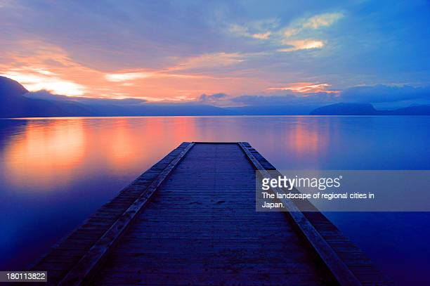 morning lake - aomori prefecture stock pictures, royalty-free photos & images
