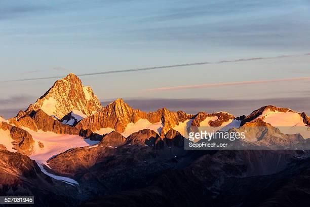 Morgensonne auf Finsteraarhorn Schweizer