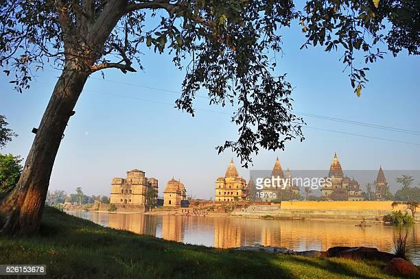 morning of betwa river, orchha - madhya pradesh stock photos and pictures