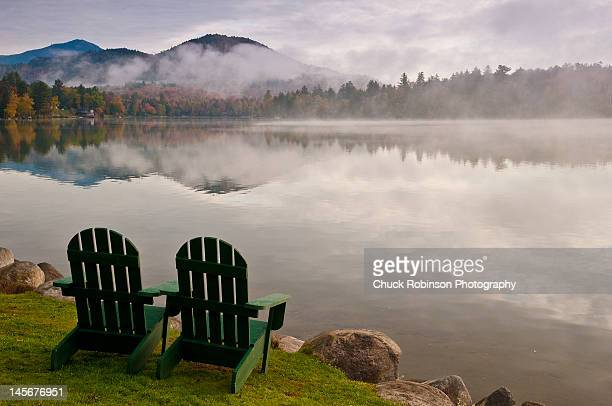 morning on mirror lake - mirror lake stock pictures, royalty-free photos & images