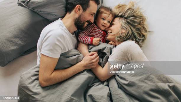 morning routine with our baby boy - famiglia con figlio unico foto e immagini stock
