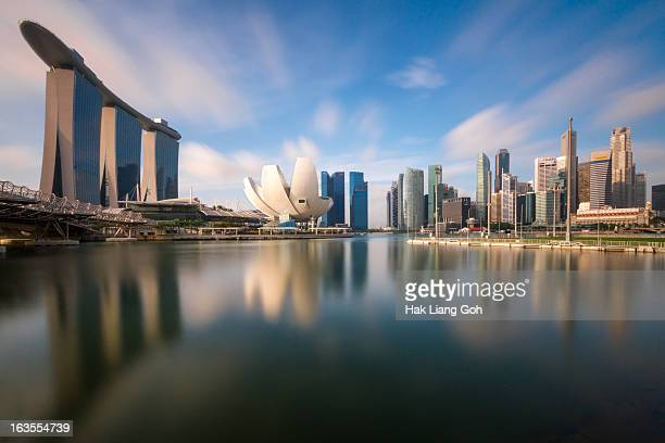 morning singapore - singapore stock pictures, royalty-free photos & images