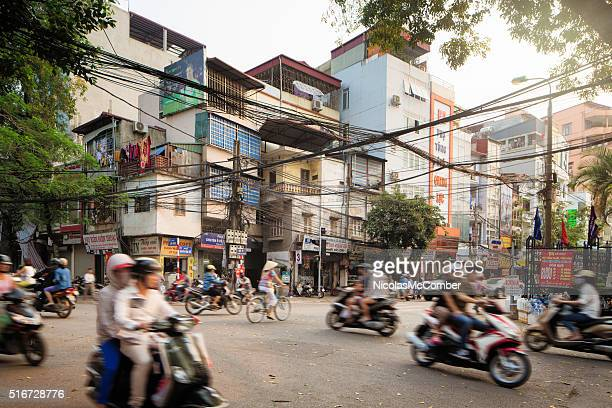 morning traffic on lo duc street in hanoi vietnam - vietnam stockfoto's en -beelden