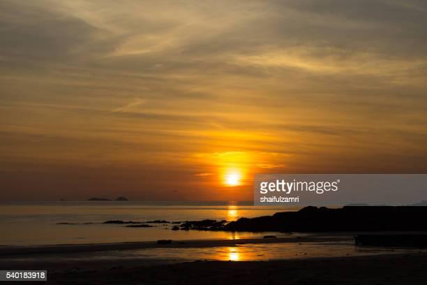 morning view in sibu island of johor, malaysia - shaifulzamri bildbanksfoton och bilder
