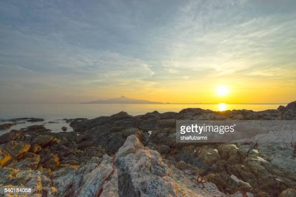 morning view in sibu island of johor, malaysia - shaifulzamri 個照片及圖片檔