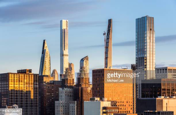 morning view of billionaires' row in new york - manhattan new york city stock pictures, royalty-free photos & images