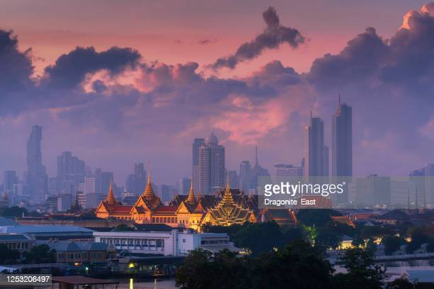 morning view of grand palace or wat phra kaew is landmark in bangkok, thailand. the emerald buddha temple. - palace stock pictures, royalty-free photos & images