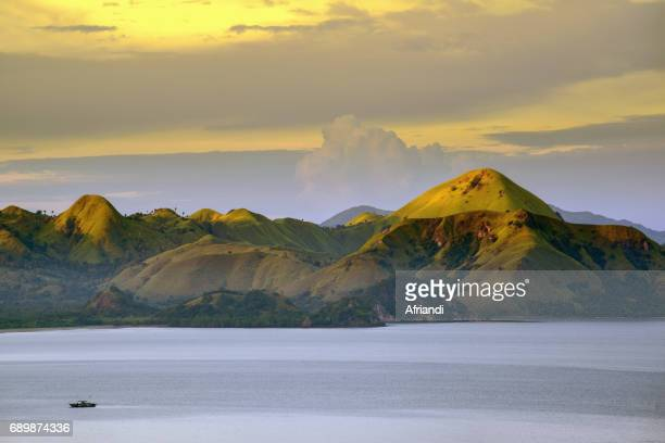 morning view of the west coast flores island taken from labuan bajo, east nusa tenggara, indonesia - flores indonesia fotografías e imágenes de stock