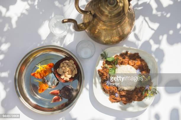 marokkanische lamm tajine - tunesien stock-fotos und bilder