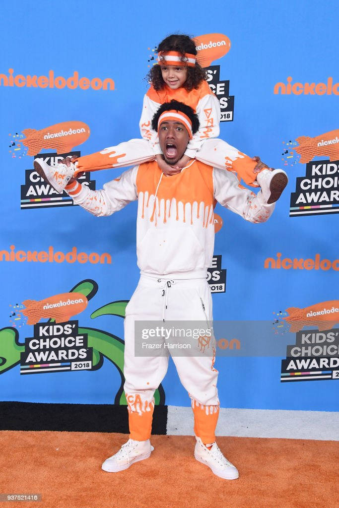 moroccan-scott-cannon-and-nick-cannon-attend-nickelodeons-2018-kids-picture-id937521416