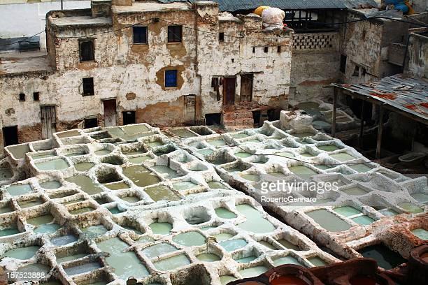 curtiduría marroquí - cultura marroquí fotografías e imágenes de stock