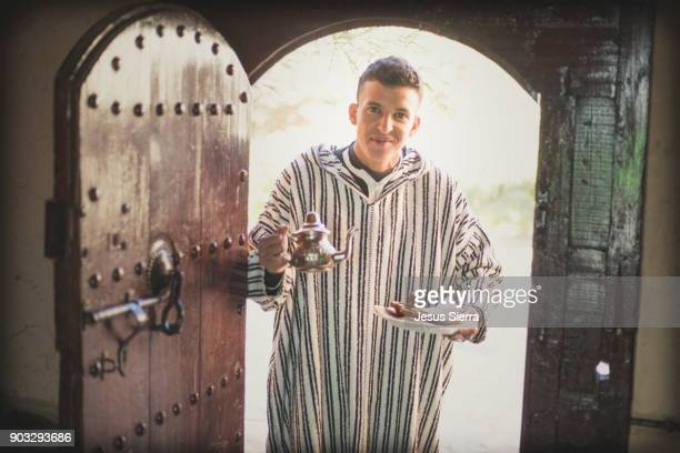 morocco mint tea, fes, morocco - homme marocain photos et images de collection